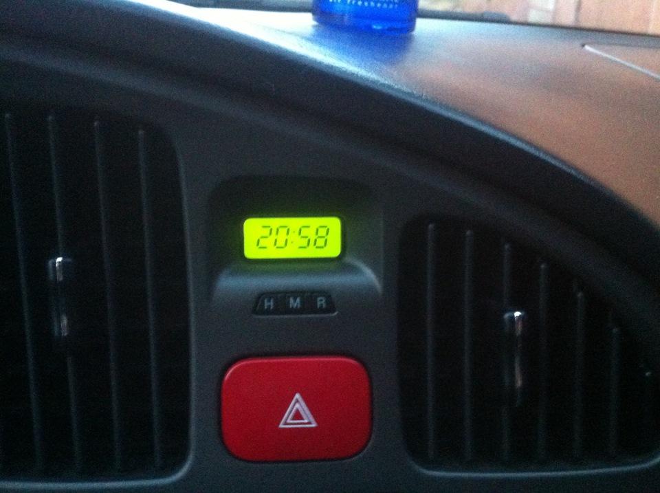 Можно ли перевести часы в Hyundai Tucson из 12- в 24-часовой формат