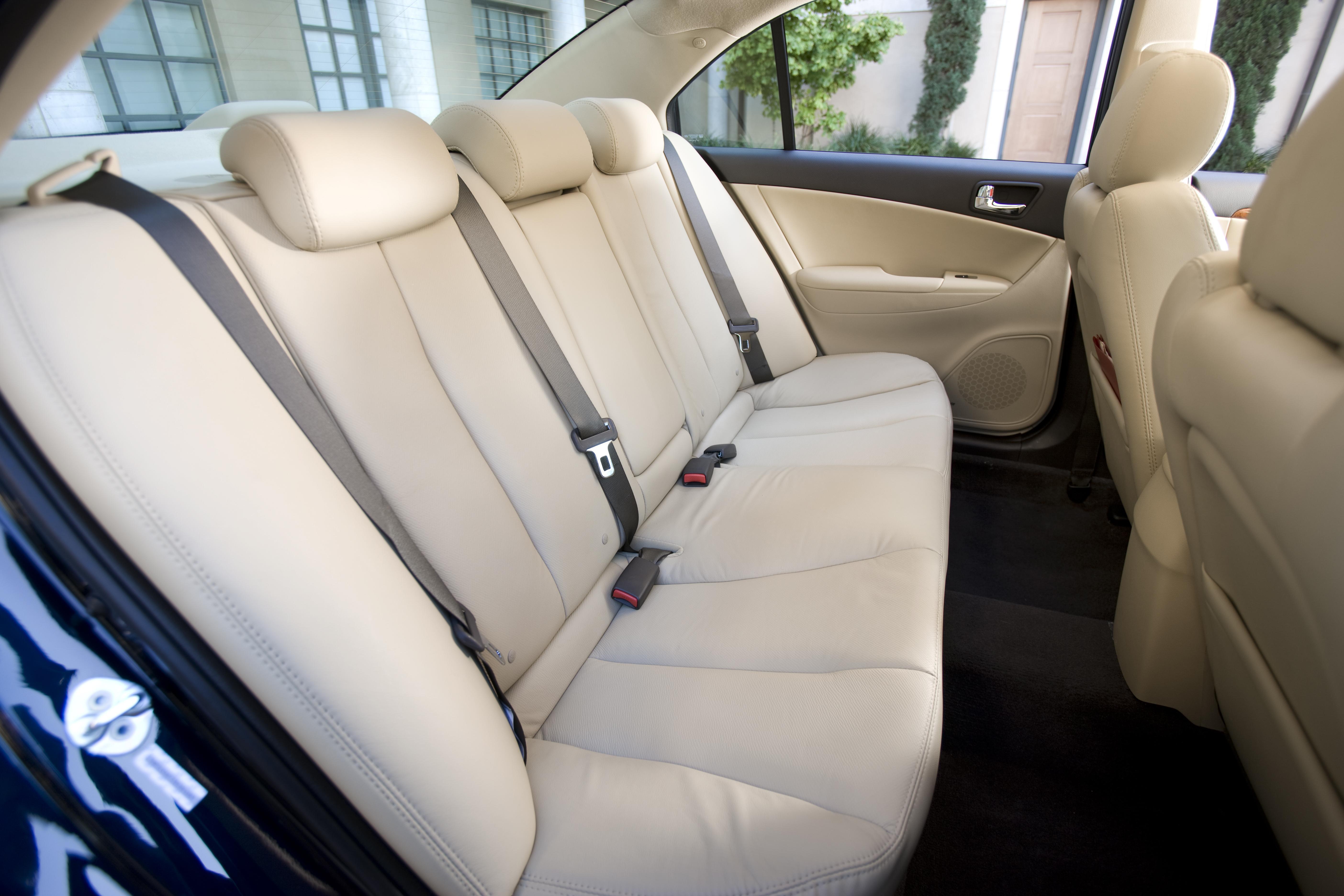 От каких автомобилей можно взять коврики для Hyundai Sonata NF