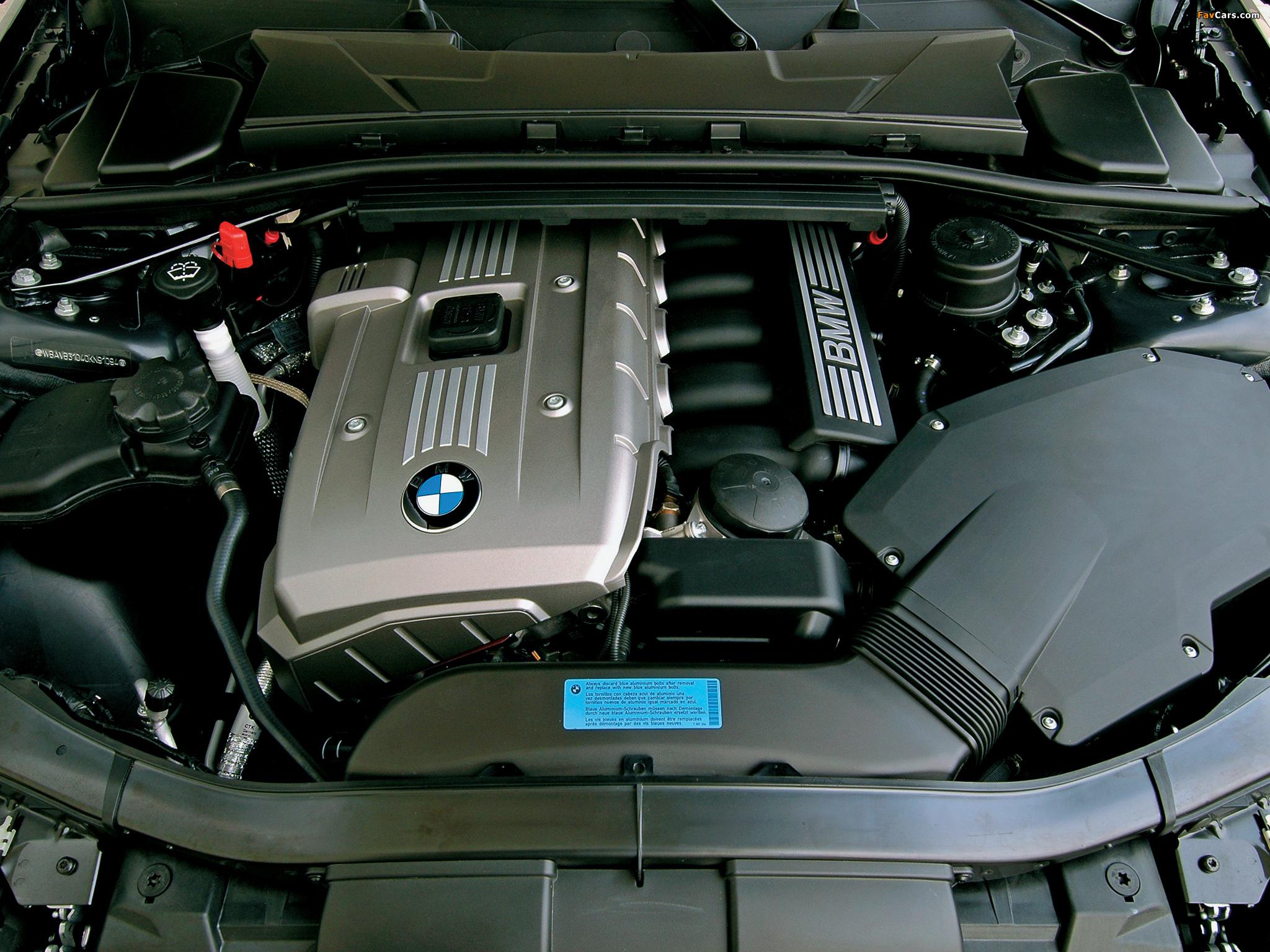 Двигатель BMW 3 E90 теряет мощность, появляется индикатор «Ошибка датчика Valvetronic»