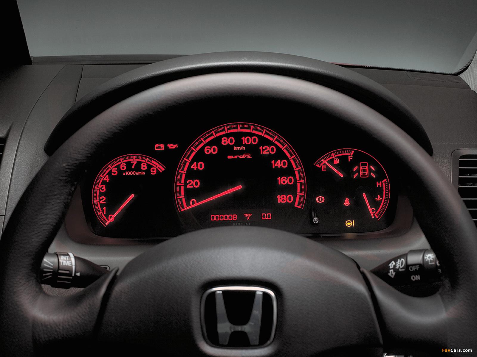 Неправильно работает указатель уровня топлива Honda Accord VII
