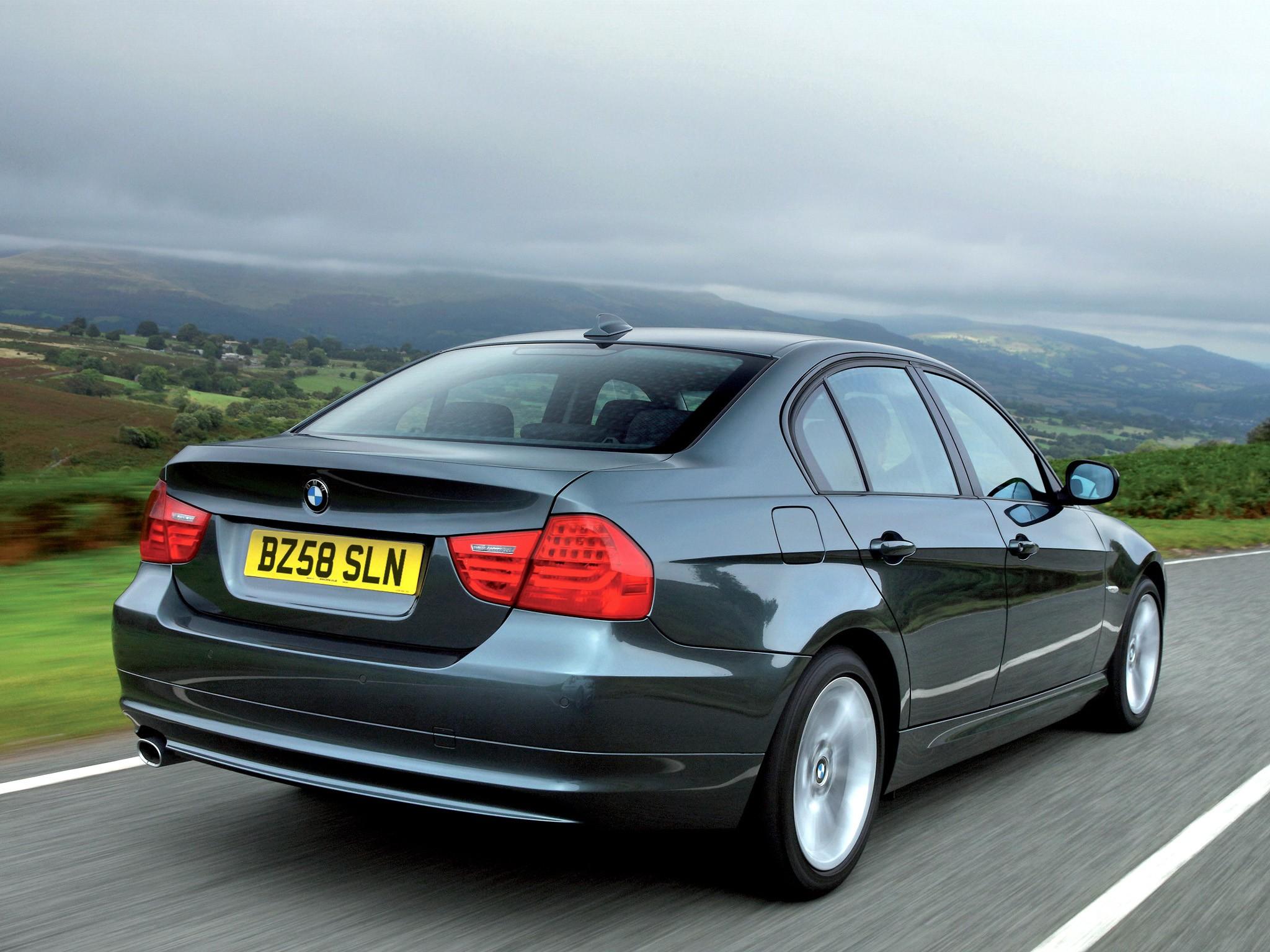 Протечка воды в салон под передней пассажирской дверью BMW 3 E90
