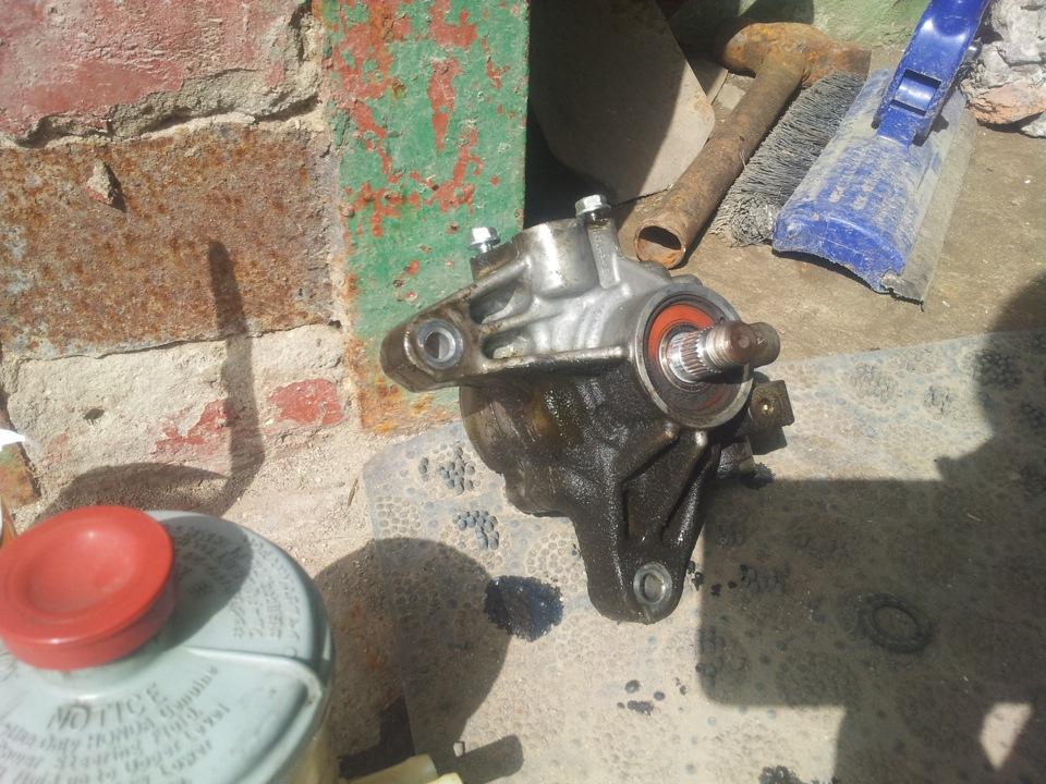 Замена жидкости ГУР на Honda Accord VII