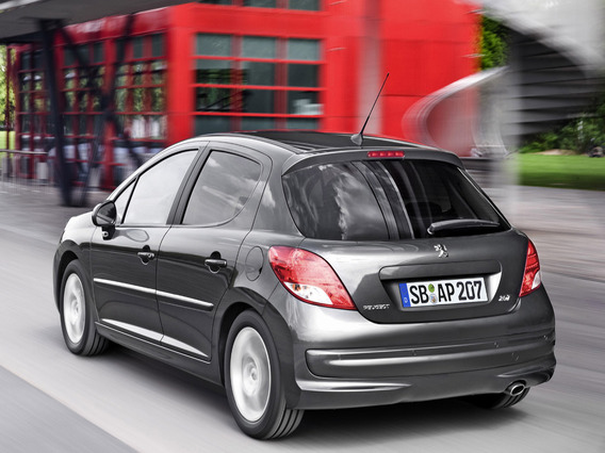 Peugeot 207 с двигателем 1.4 литра плохо разгоняется