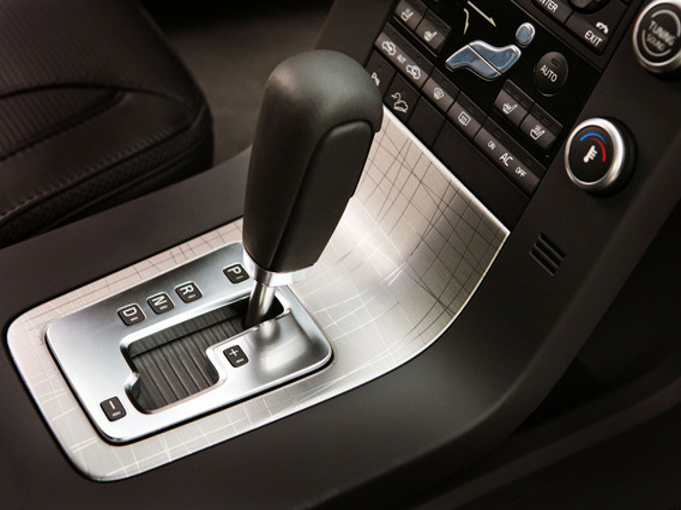 В мороз на Peugeot 207 перестала нормально переключаться АКПП