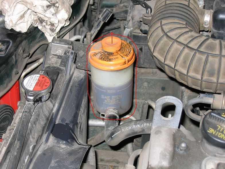 Замена жидкости в гидроусилителе на Suzuki Grand Vitara II