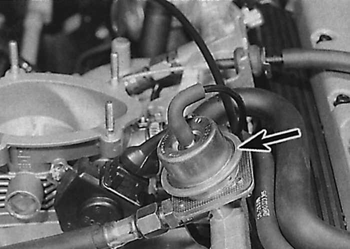 Сброс давления в топливной системе Opel Vectra В