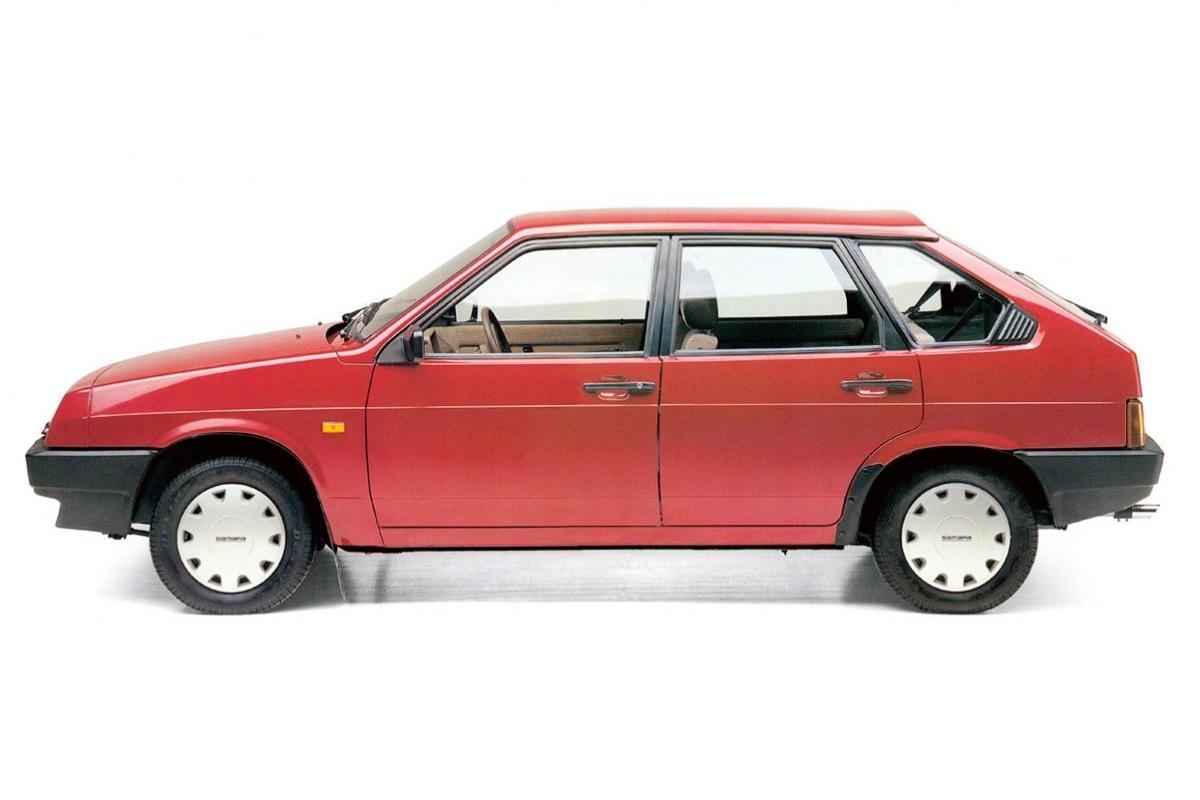 Сходство и различия ВАЗ-2108 и модифицированных автомобилей семейства ВАЗ-2113