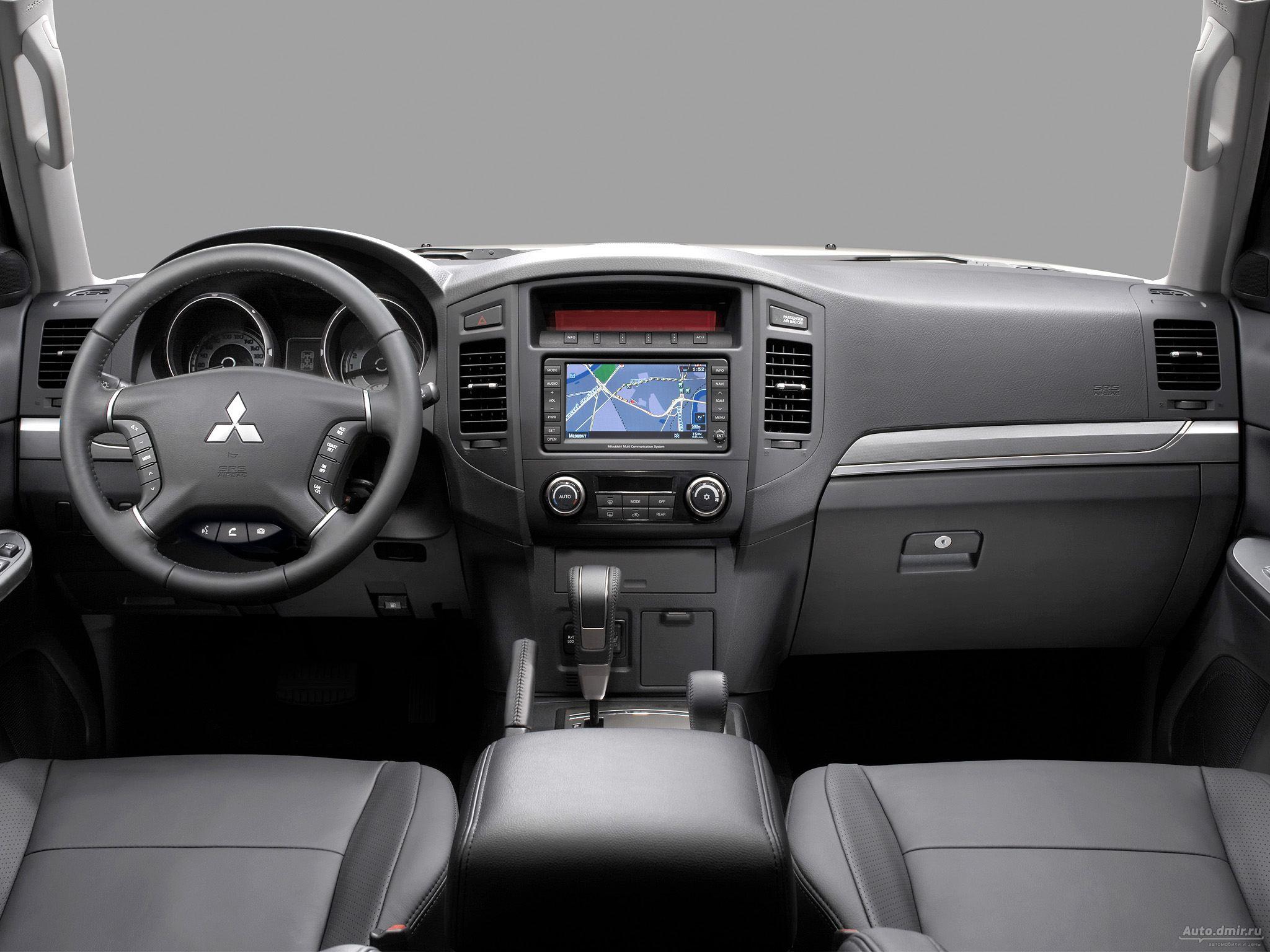 Как настроить автоматическое увеличение громкости магнитолы при увеличении скорости на Mitsubishi Pajero 4?
