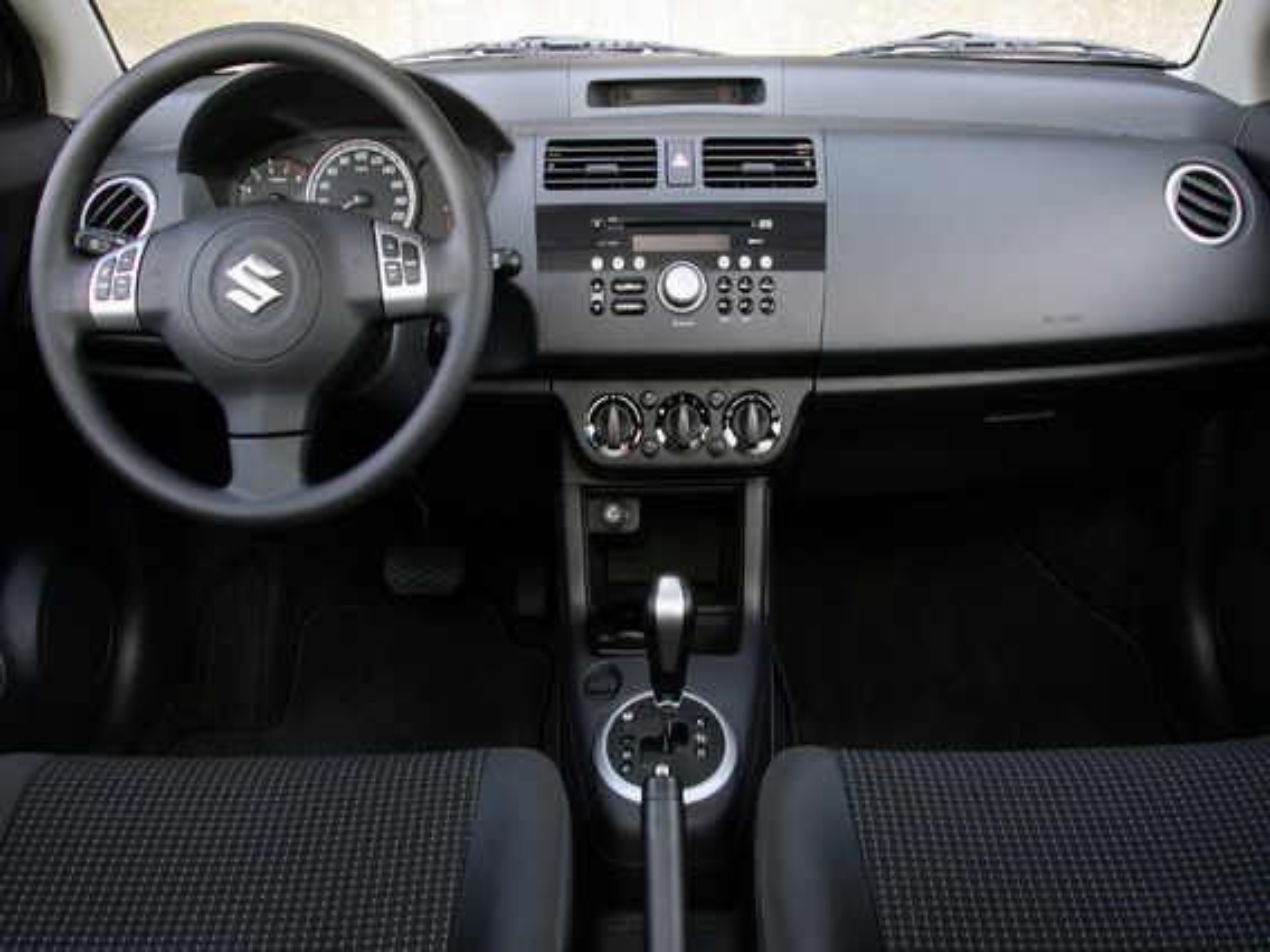 Калибровка руля на Suzuki Swift II