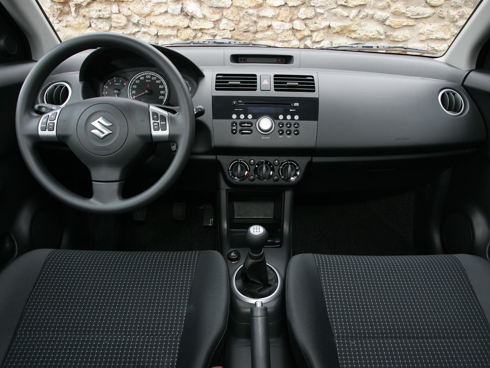 Замена акустической системы на Suzuki Swift II