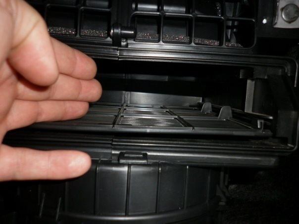 Как заменить салонный фильтр в ВАЗ-2110