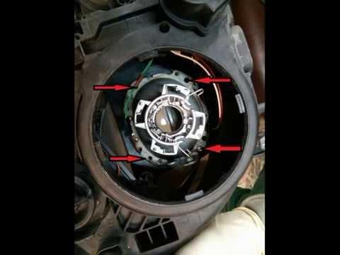Как заменить лампы ближнего света на Mercedes-Benz E-Class (W211)