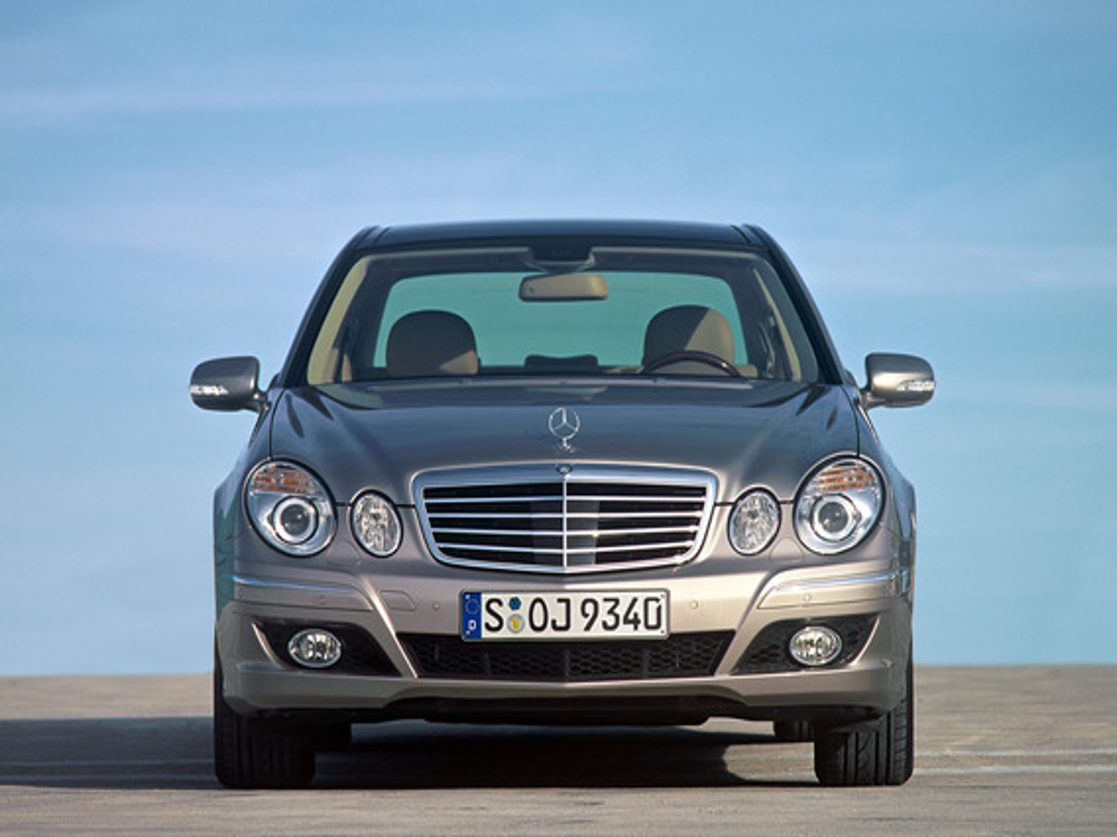 Как работает система NECK-PRO в Mercedes E-Class (W211)