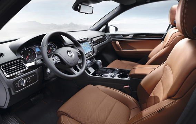 Отключение подушки безопасности переднего пассажира на Volkswagen Touareg II (NF)