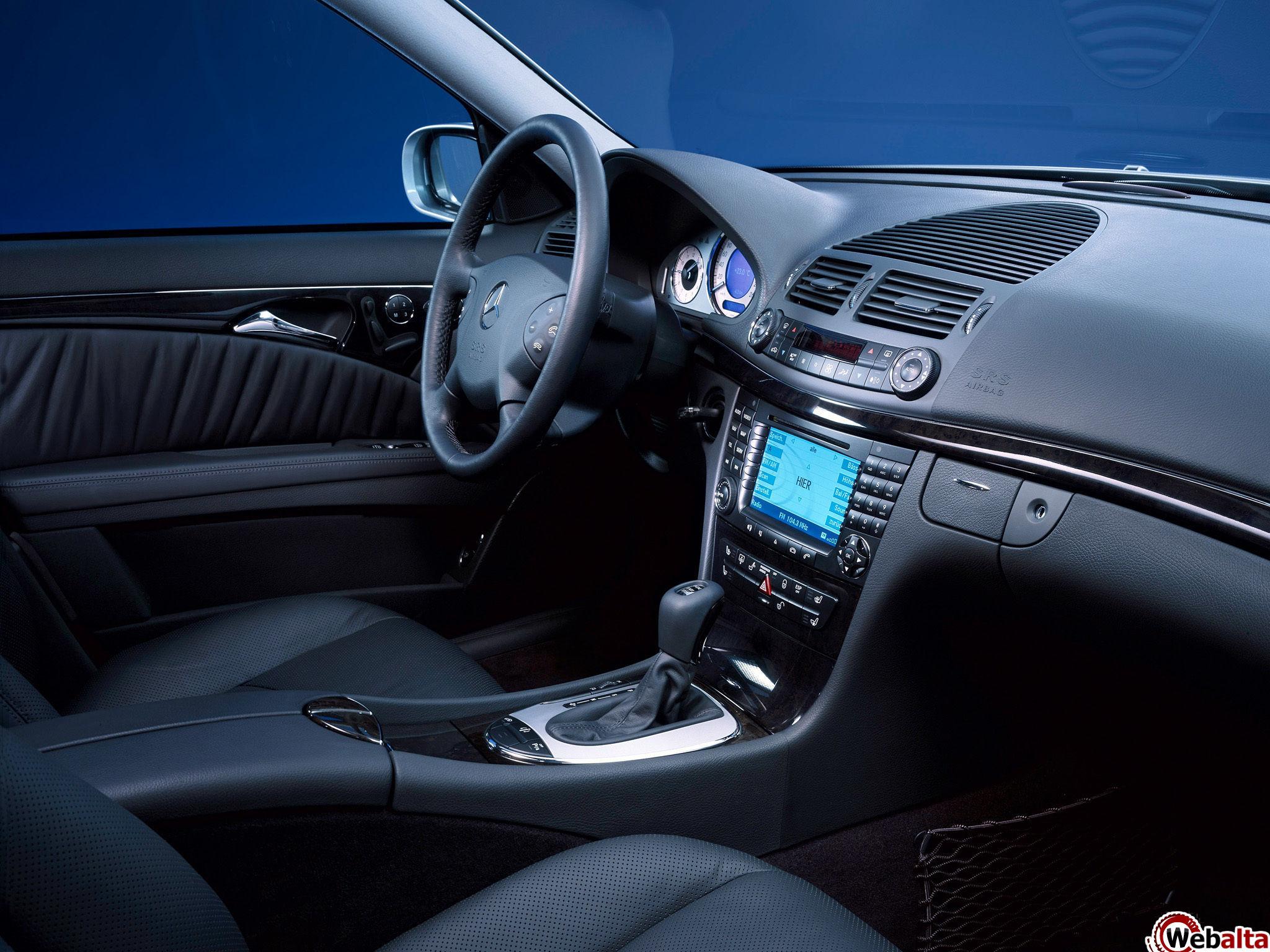Не крутится или туго поворачивается руль в Mercedes E-Class (W211)