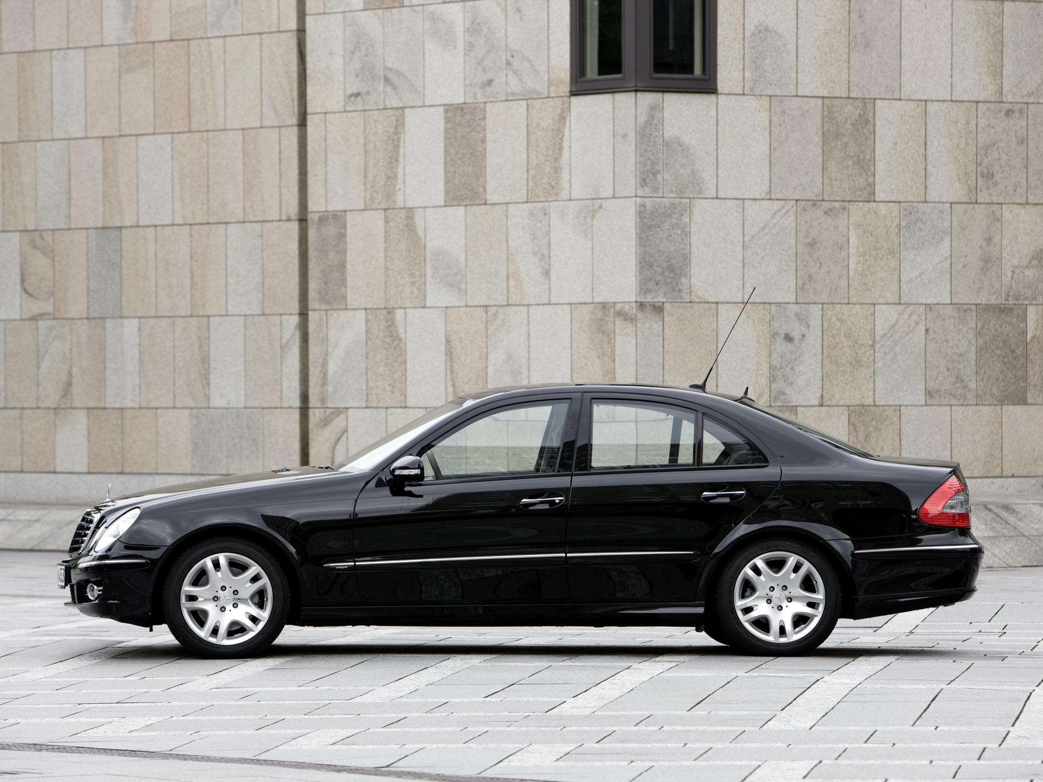 Как включить гоночный таймер в Mercedes E-Class (W211) AMG