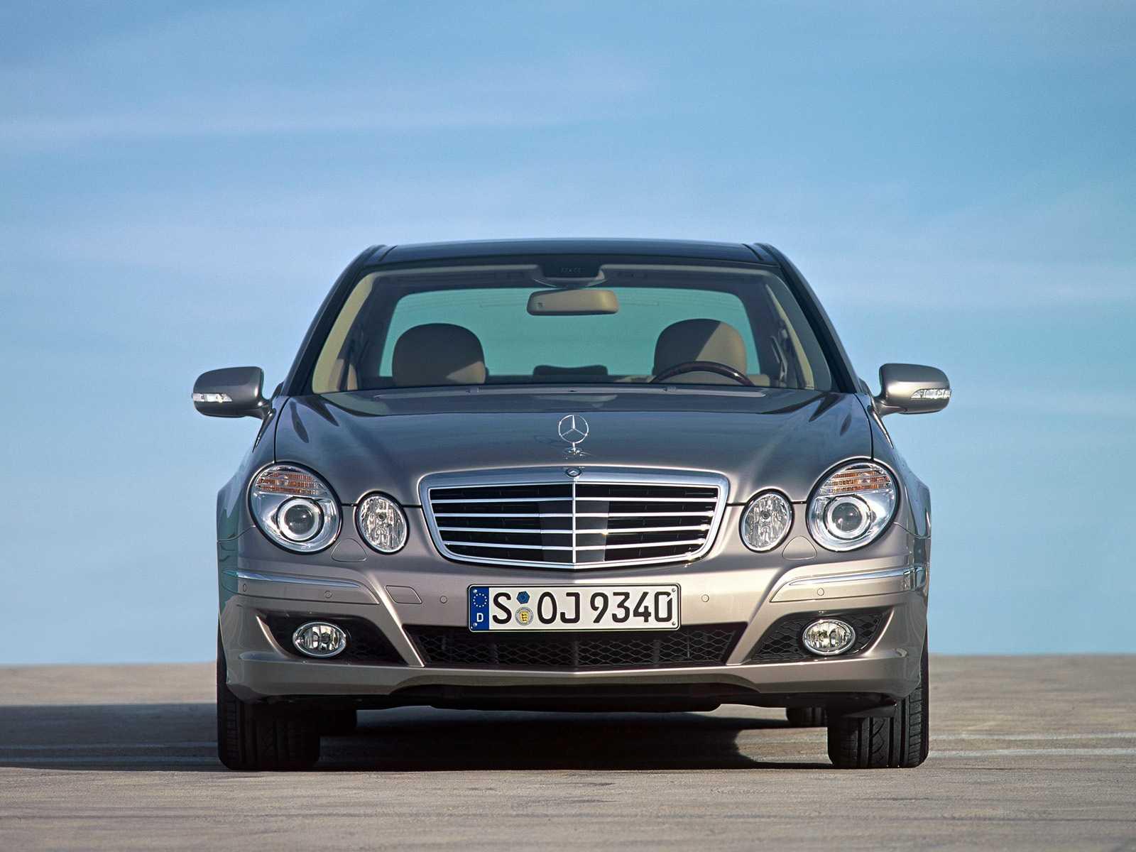 В чем особенности управления автомобилем Mercedes E-Class (W211)   AMG с АКПП