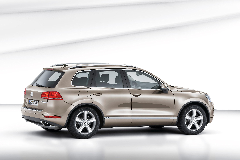 Заправочный пистолет не вставляется в бак дизельного Volkswagen Touareg II (NF)