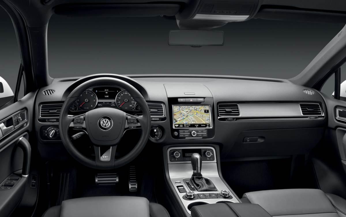 Проблемы с салоном Volkswagen Touareg II (NF)