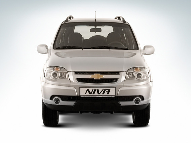 Треск под капотом внизу при резком старте на Chevrolet Niva