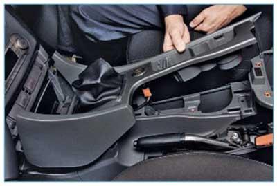 Демонтаж переднего сидения Ford Focus 3