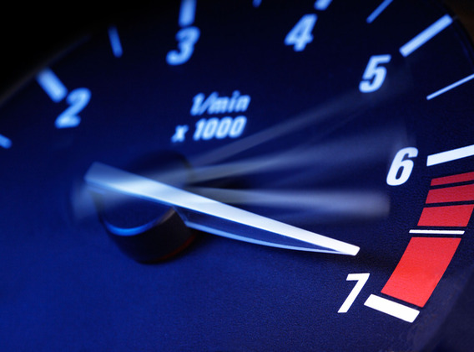 Без видимых причин резко поднимаются обороты двигателя ВАЗ-2110