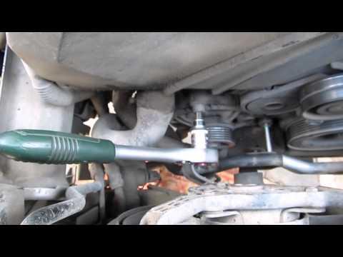 Снятие генератора на Audi А4 В7