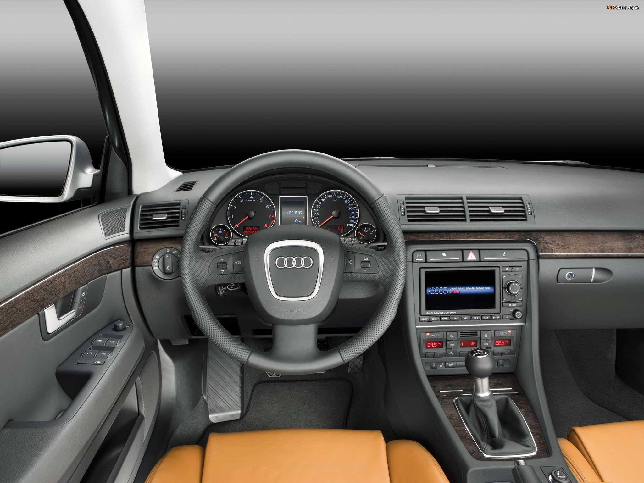 Замена динамика в приборной панели на Audi A4 B7