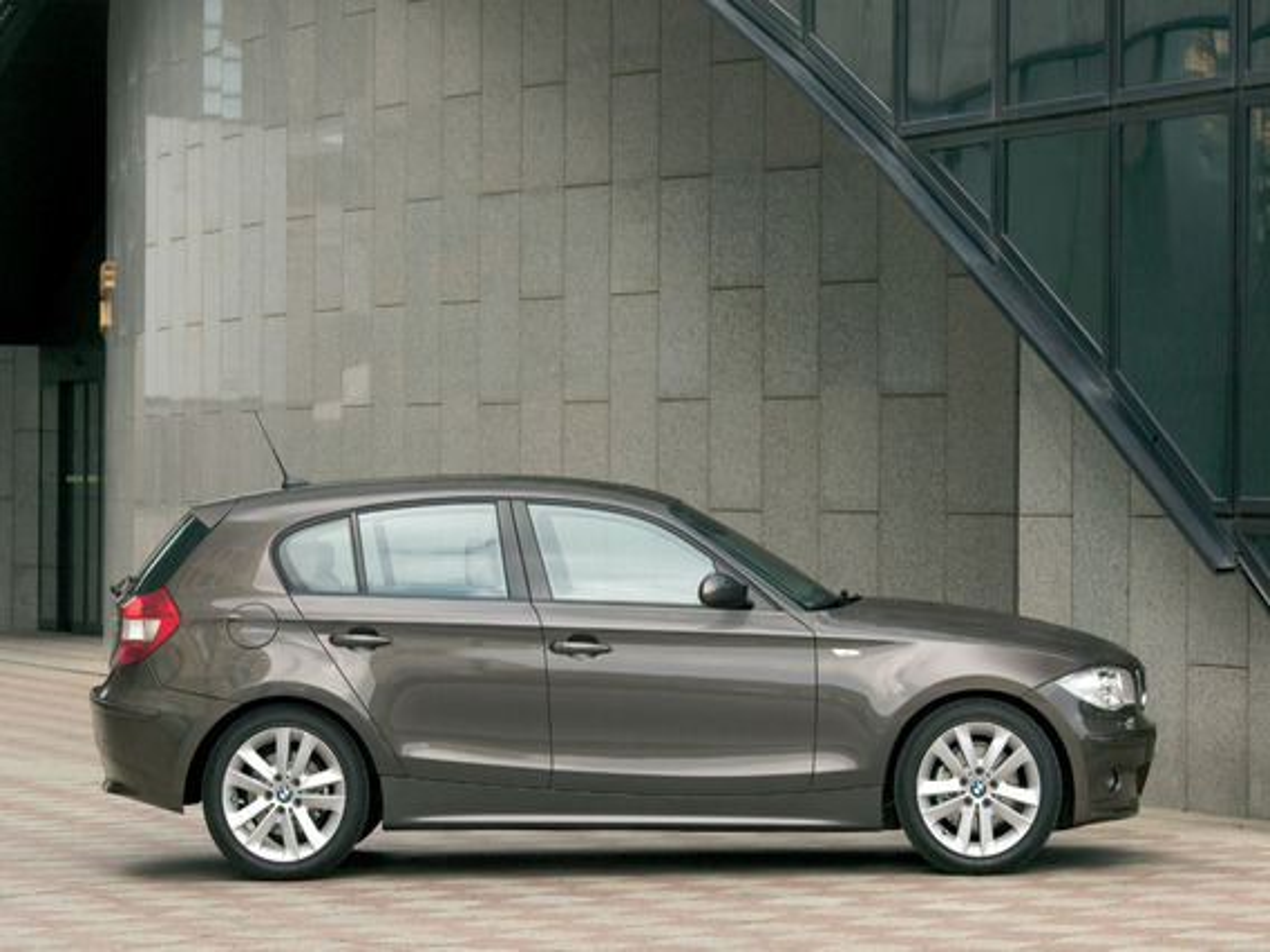 Настройка автоматического запирания дверей на BMW 1-Series E87