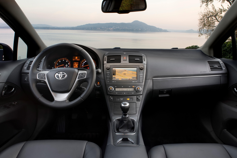 Плохо включаются передачи на Toyota Avensis 3
