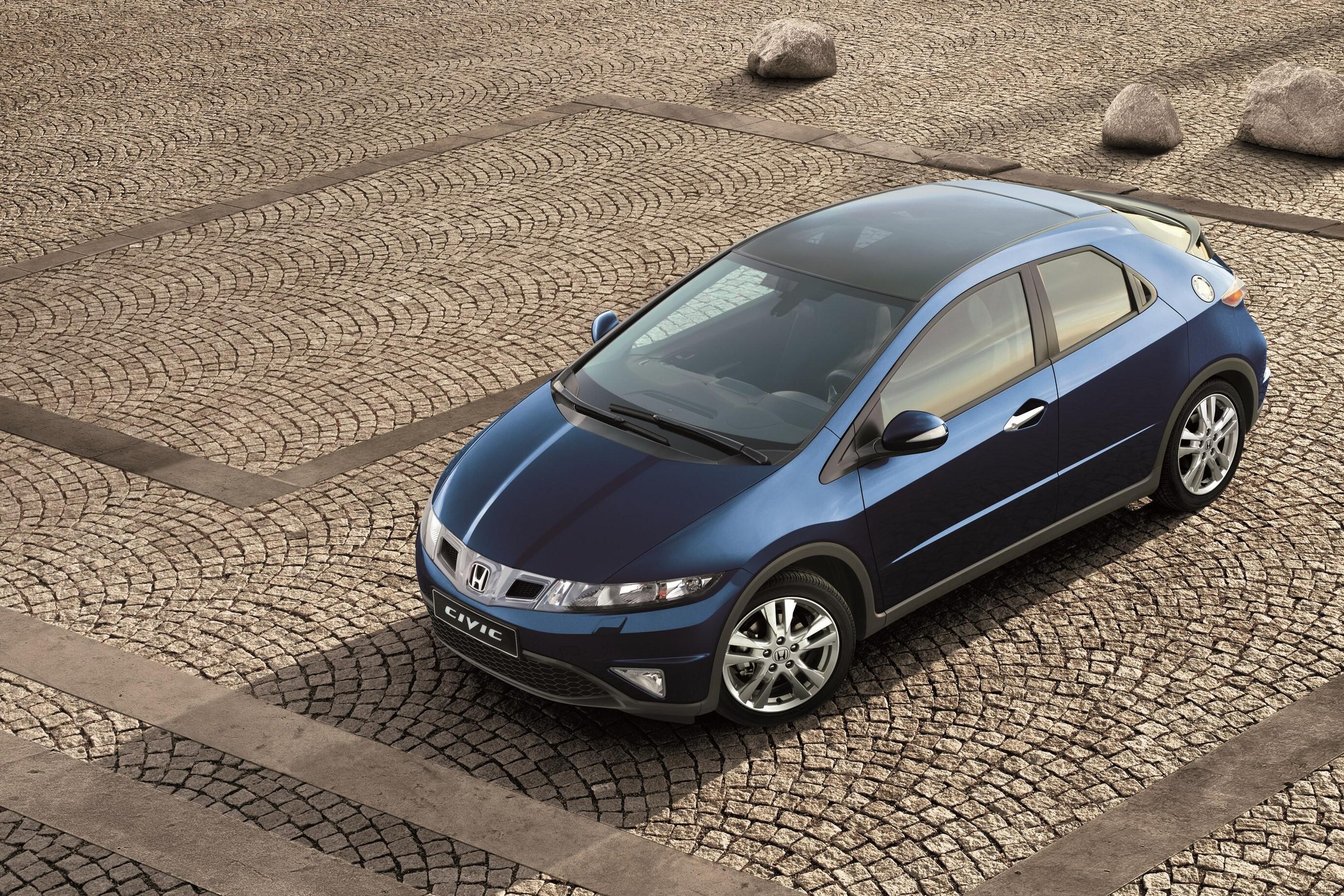 Размер шин на Honda Civic VIII (5d)