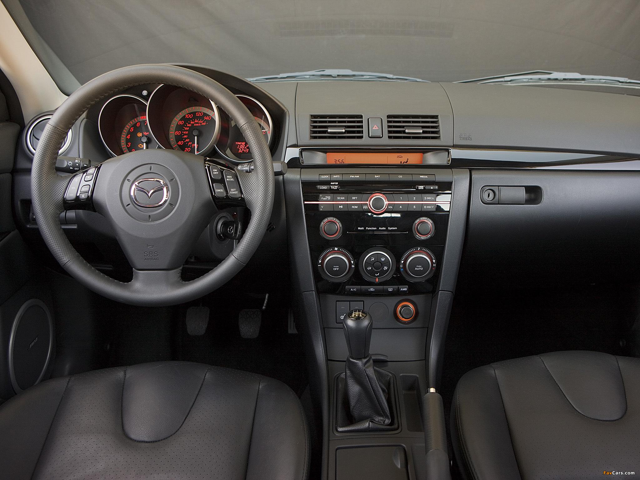 Установка штатного головного устройства на Mazda 3 (I)