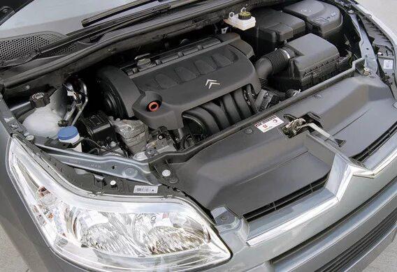 Демонтаж ремня привода навесного оборудования на Citroen C4