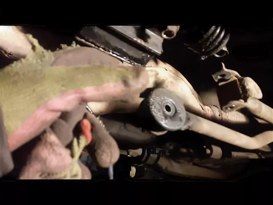 Замена сальника на Mazda 3 (I)