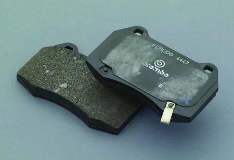 Замена задних тормозных колодок Skoda Octavia A4 (Tour)