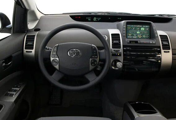 Снятие центральной панели на Toyota Prius
