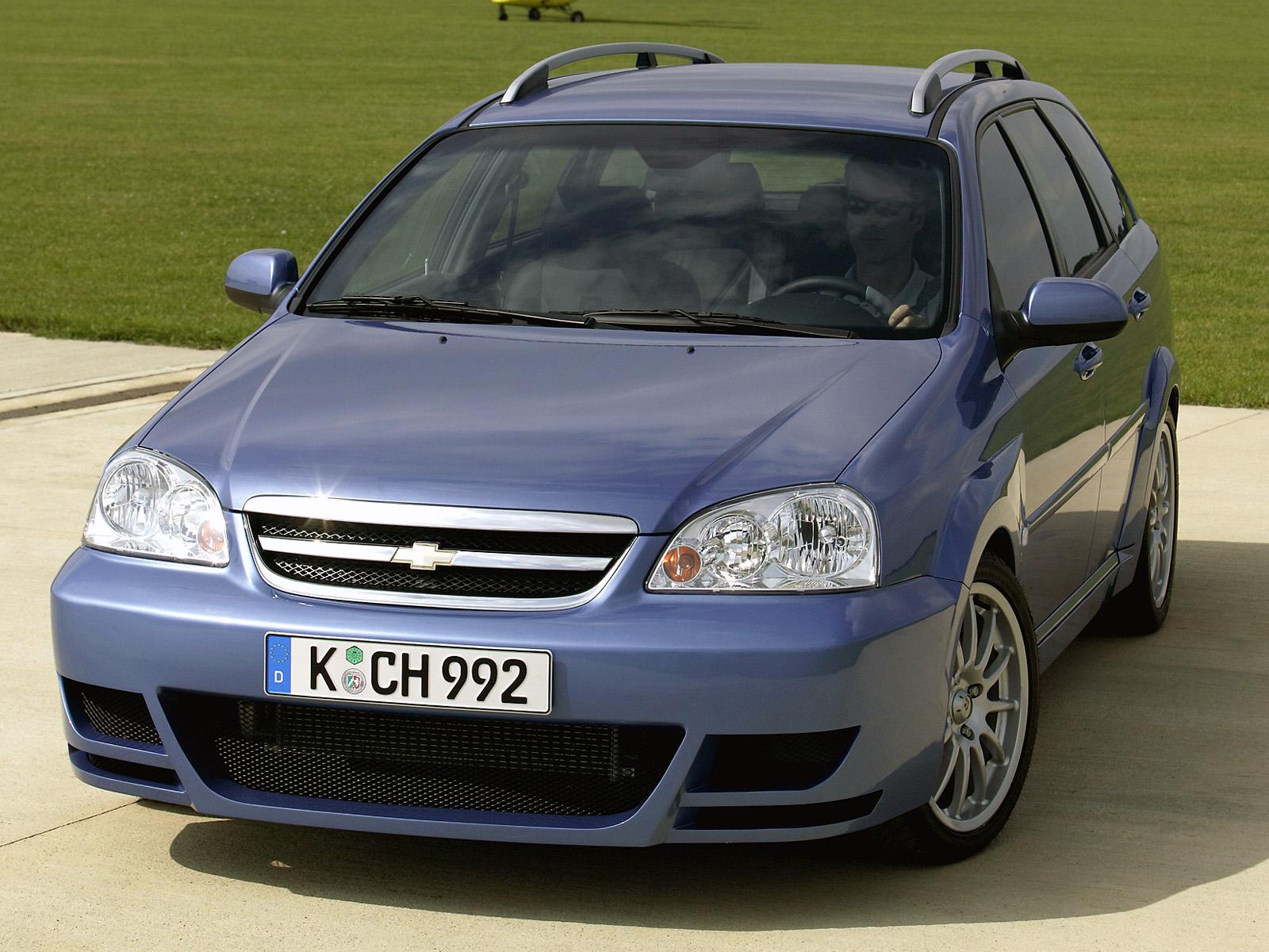 Какого размера «дворники» подойдут на Chevrolet Lacetti?