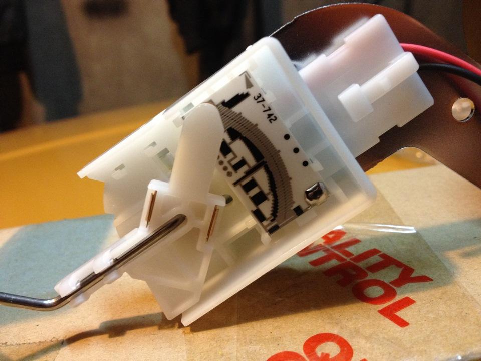 Ремонт датчика уровня топлива Mitsubishi Lancer 9