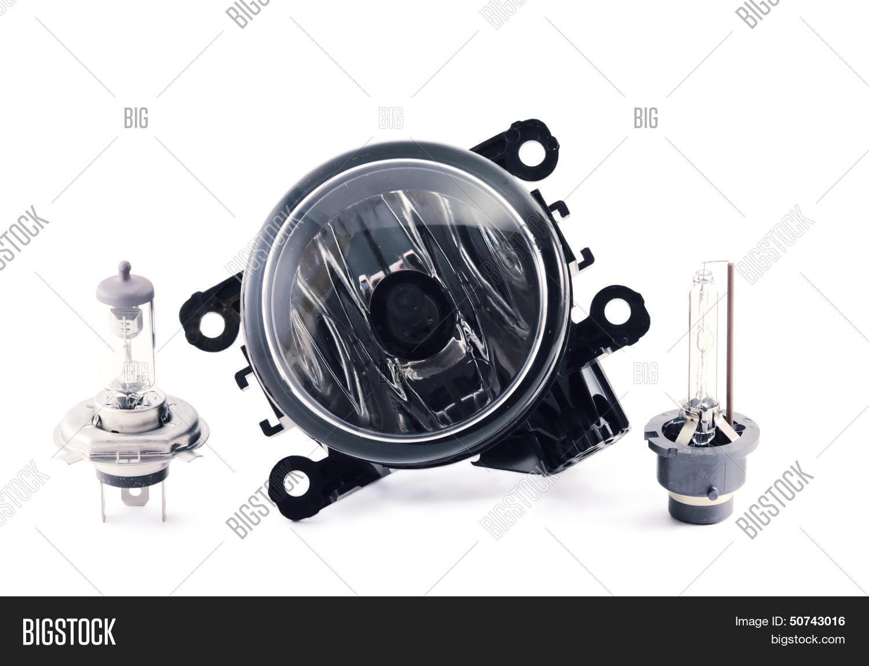 Какие типы ламп используются в фарах и фонарях Peugeot 207