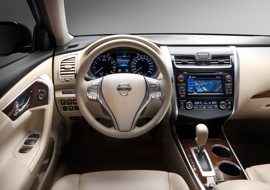 Не работает автоматический режим электрических стеклоподъемников в Nissan Teana
