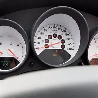 Тест приборной панели Dodge Caliber фото