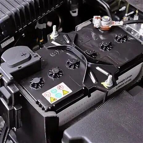 Демонтаж аккумулятора на Infiniti FX35 (1gen) фото