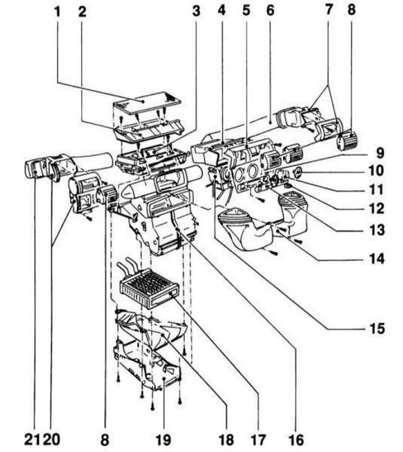 Как заменить термостат в системе охлаждения Opel Corsa D фото