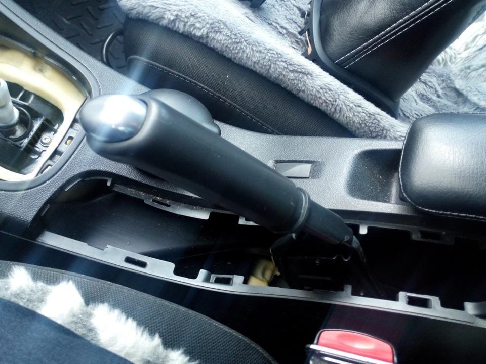 Скрипит сидение Renault Fluence