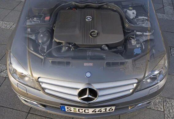 Чистка бачка омывателя на Mercedes-Benz C-Klasse (W204)