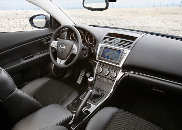 Регулировка стояночного тормоза на Mazda 6 II