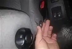 Спинка водительского сидения самопроизвольно опускается на Lada Largus