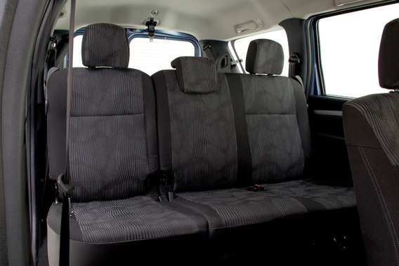 Можно ли снять сидения третьего ряда в Lada Largus по отдельности?