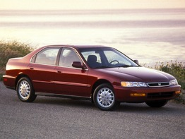 Honda Accord V поколение 1993-1998 седан 4