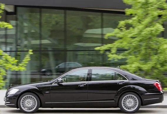 Включение ассистента предельной скорости на Mercedes-Benz S-klasse (W221)